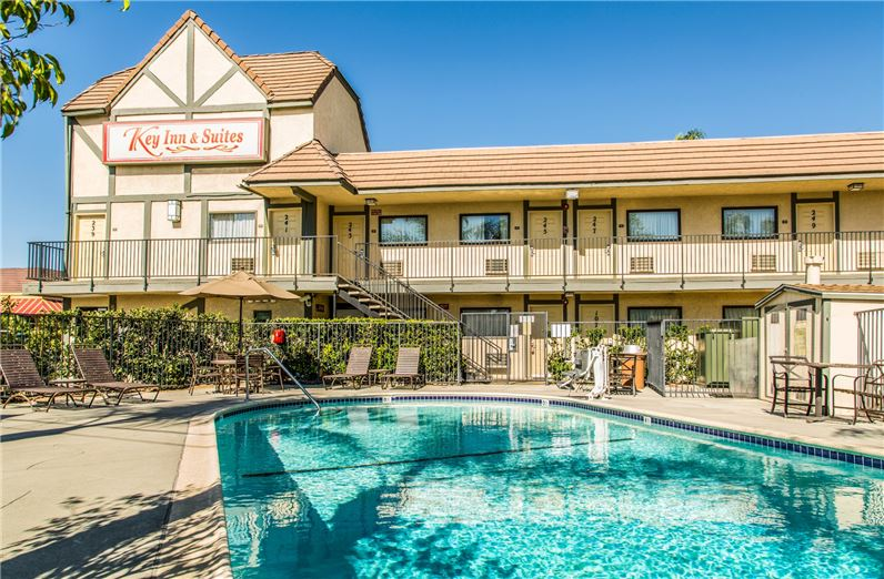 Charming Disneyland Airport Hotel In Tustin Ca Key Inn Suites