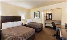 Key inn and Suites Tustin - One Queen Accessible