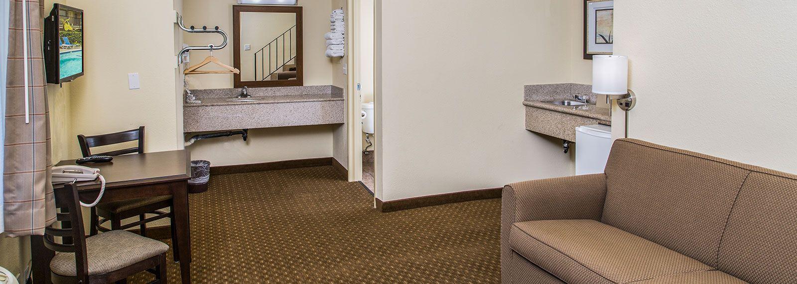 key-inn-and-suites-tustin-california-home3-top