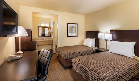 Key Inn and Suites, Tustin Two Twin Beds